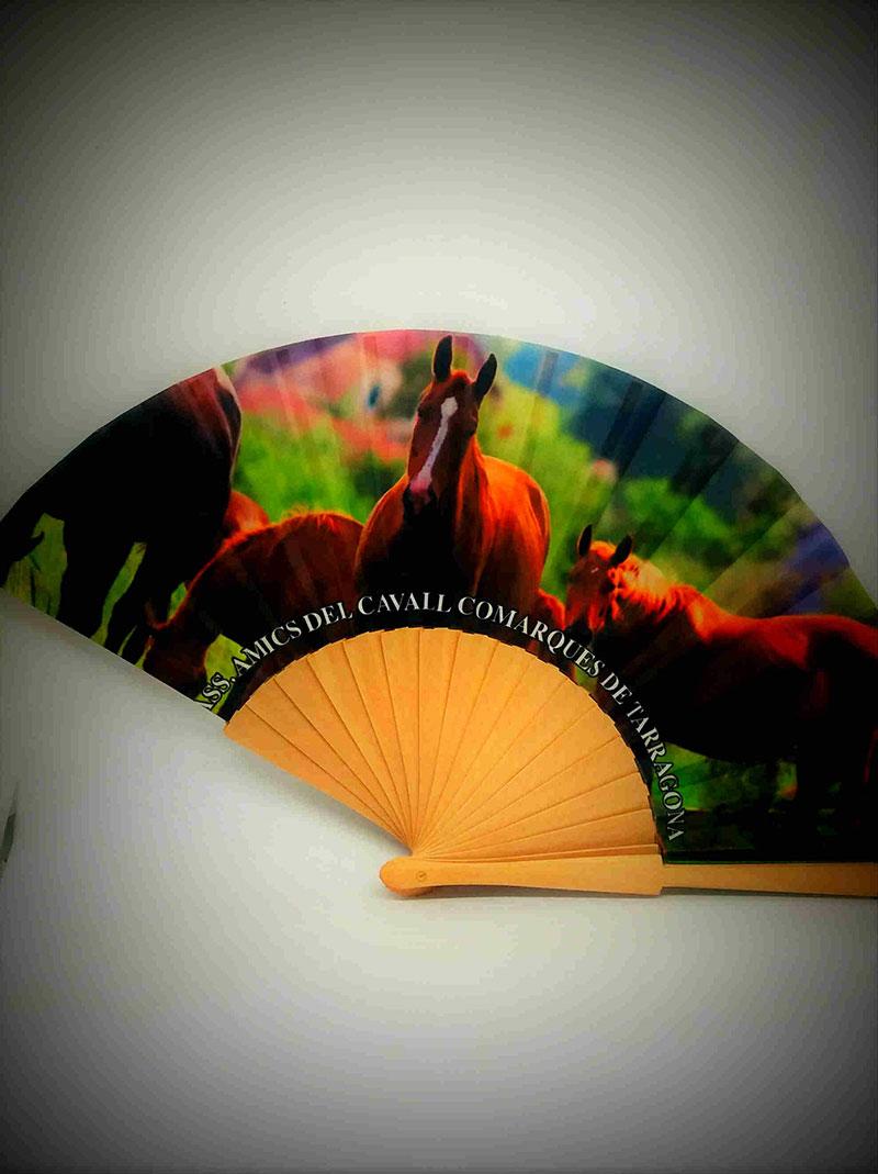 caballos-impresiondigital-abanico-verano-impresion-asociacionamigosdelcaballo